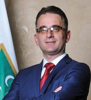 Drugi o nama, Radio Sto plus: SDA Sandžaka tražila Gegiću da vrati mandate poslanika i odbornika
