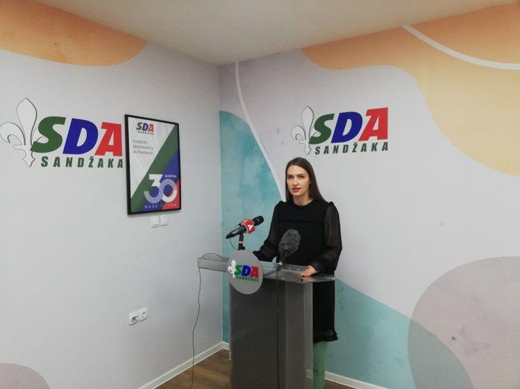 NAZIVE USTANOVA U NOVOM PAZARU REVIDIRATI I PRILAGODITI IDENTITETU GRADA