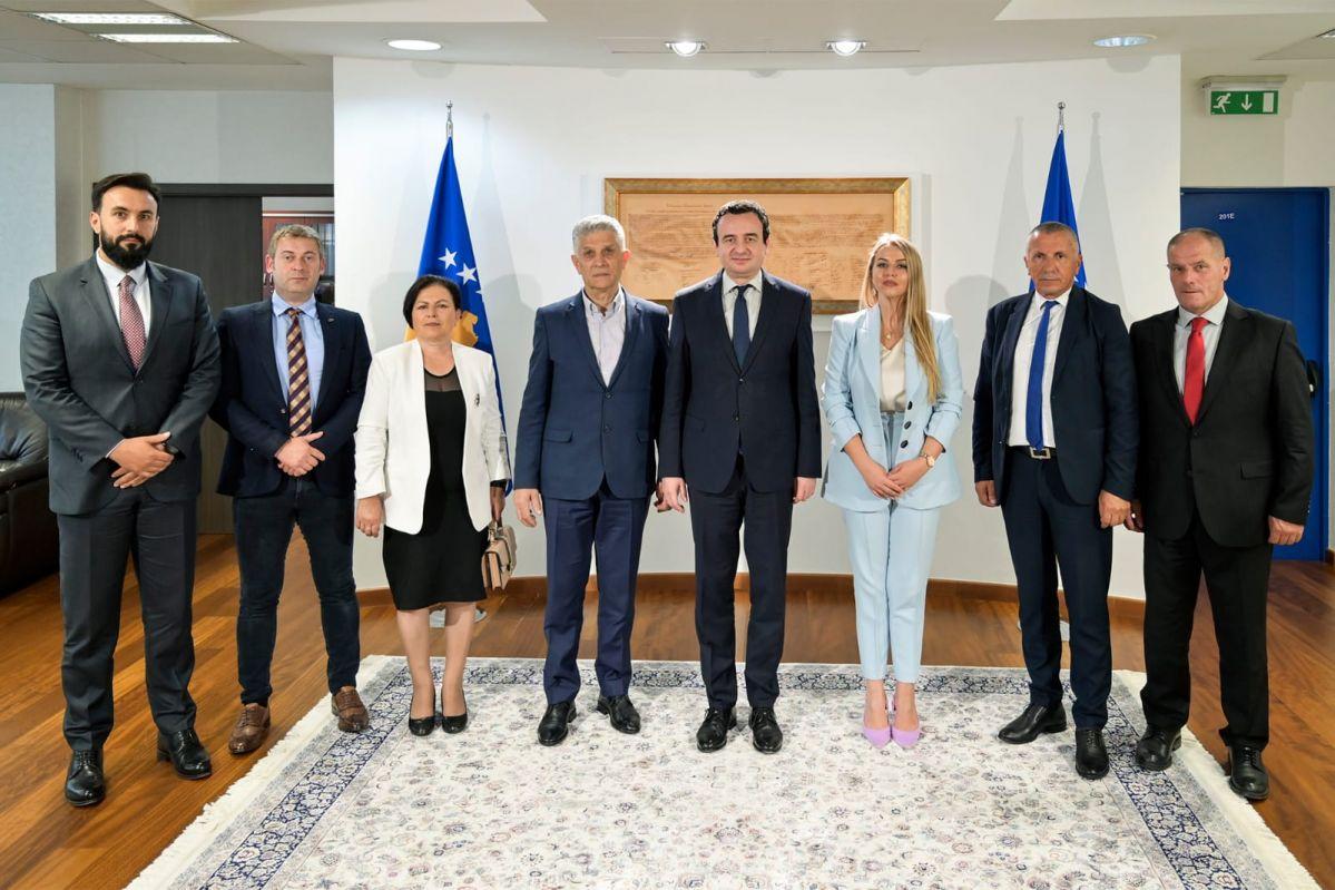 Podrška Vladi Albina Kurtija i zahvalnost za usvojenu Rezoluciju o osudi genocida u Srebrenici